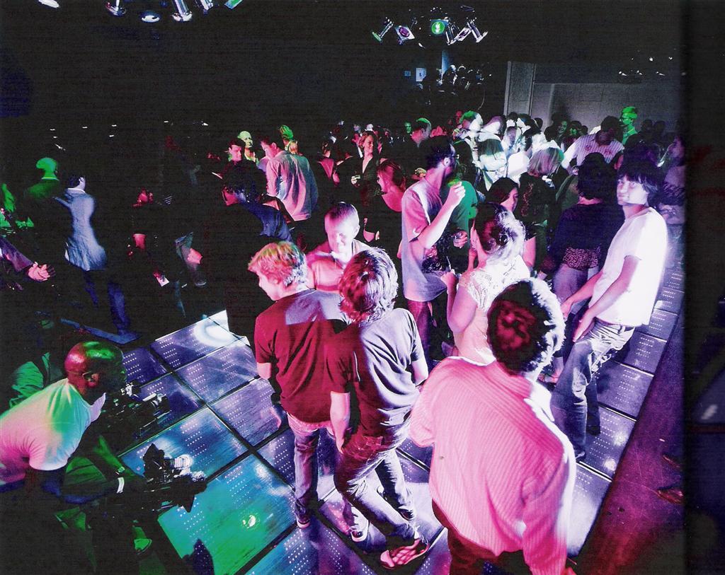 Секс в клубе истории 1 фотография
